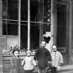 Family possibly in Montreal_NoDate_Library and Archives Canada_C-065432